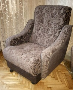 перетяжка/обивка кресла